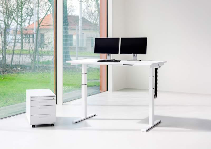 Reiss Büromöbel GmbH   Büroeinrichtungen   officebase